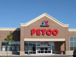 Petco Box Store Cleaning
