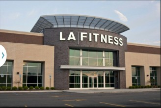 LA Fitness Box Store Cleaning